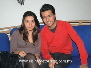 19122011 ALEJANDRA  Huizar y Diego Batres.
