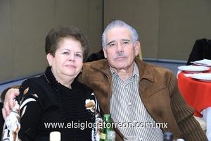 19122011 ELVA  Villezca y Raúl Pérez.