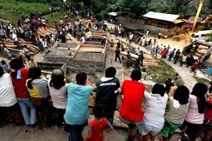 En Cagayan de Oro se han reportado 579 decesos y en Iligan 279.
