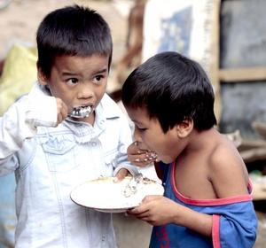 Damnificados necesitan más alimentos.
