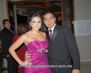 20122011 MICHEL  y Estela.
