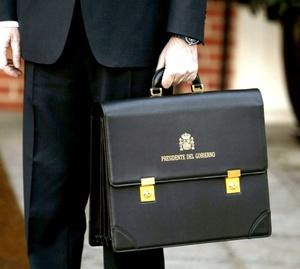 Rajoy, llegó al Palacio de la Moncloa en medio de la expectación por el nombramiento de sus ministros.