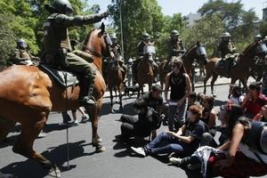 Manifestantes fueron desalojados por la Policía.