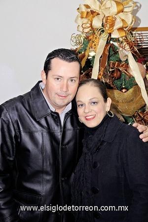 26122011 MIGUEL  Ibáñez y Paola Esquivel.