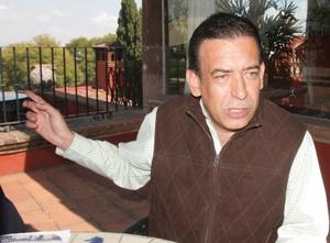El ex gobernador de Coahuila Humberto Moreira generó polémica este año por la  deuda entre el Gobierno Estatal y la Secretaría de Hacienda, el portal Transparencia Presupuestaria informó que el estado tiene una deuda acumulada de más de 30 mil millones de pesos.  http://www.elsiglodetorreon.com.mx/noticia/676707.disparan-la-deuda-a-35-mil-millones.html