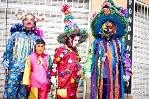 Es difícil fechar el inicio de Los Zaragozas por sus orígenes ancestrales, que se remontan a los rituales indígenas de homenaje a la cosecha del maíz, que, más tarde, fueron influenciados por la llegada de la colonia española al país.