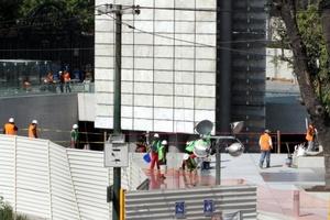 Tras 15 meses de retraso, el monumento Estela de Luz ha sido terminado.