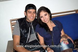 30122011 MARIO  y Laura.