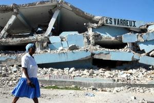 La empresaria haitiana Nadine Cardozo, superviviente del terremoto que asoló el país caribeño hace dos años, afirma que 'Haití no está condenado a vivir siempre así, porque no sería justo'.