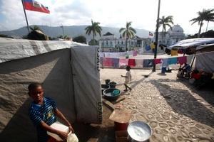 Las calles de la capital haitiana amanecieron tranquilas al cumplirse el segundo aniversario del terremoto que devastó al país.