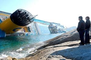 El Costa Concordia, de 114,500 toneladas de peso, pertenece a la flota de Costa Crociere, la más grande de Europa y de bandera italiana, con 15 barcos con una capacidad total de 41,000 pasajeros.