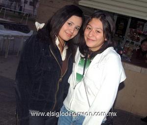 01022012 LUCíA  Sarmiento y Diana Pérez.