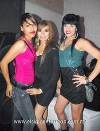 03022012 MARíA , Diana y Blanca.