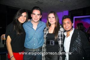 03022012 SANDY  Alvarado, Memo Serna, Sabrina Hernández y Chuy Ramos.