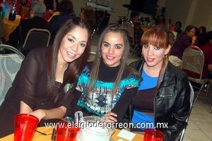 07022012 CARMEN  Montalvo, Melissa Arredondo y Ana Isabel Arredondo.