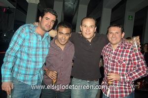 07022012 JUANKA , Roberto, Nabuco y Tony.