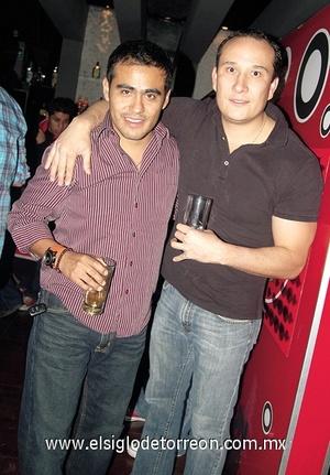 07022012 ROBERTO  y Nabuco.