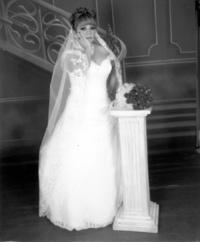 Lorena García Vázquez  el día de su enlace matrimonial con Gerardo Flores Peña.