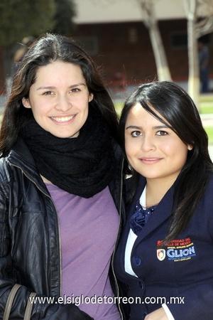 11022012 PRISCILLA  Lam e Ilse Gallegos.