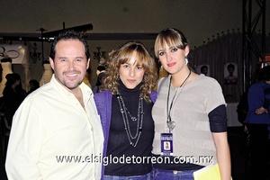 13022012 FERNANDO , Alejandra y Ale.