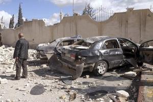 SYR05.ALEPO (SIRIA).10/2/2012.- Fotografía que muestra el lugar de una explosión en Alepo.