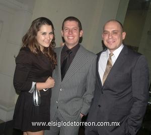 15022012 LUISA , Alfredo y Alex.