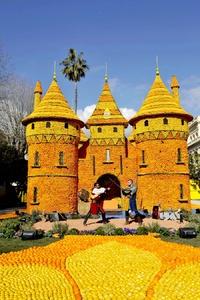 La Fiesta del Limón se celebra en Francia desde 1929, cuando Menton se convirtió en el primer productor de limones en Europa.