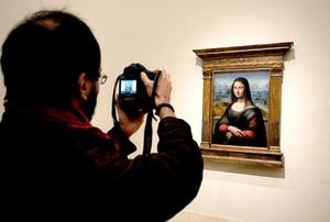 El director adjunto de Conservación e Investigación del Museo del Prado, Gabriele Finaldi, destacó que tras la restauración, la copia de la Gioconda del Museo del Prado recuperó totalmente su aspecto original y el estudio ha demostrado que no es una copia posterior.