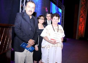 Idoia Leal Belausteguigoitia fue la ganadora de la categoría cuento.