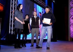 Durante la gala de aniversario se realizó la premiación de los concursos de artes plásticas, fotografía, cuento y cortometraje.