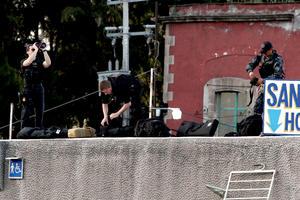 Elementos de seguridad implementaron un operativo de vigilancia en los alrededores de la Basílica de Guadalupe.