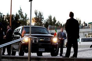 Biden visitó la Basílica de Santa María de Guadalupe,  acompañado por una pequeña delegación resguardada por el Estado Mayor Presidencial y la Policía Federal.