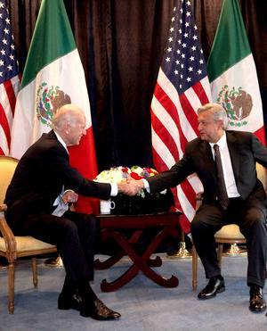 El vicepresidente de Estados Unidos, Joe Biden, garantizó al precandidato presidencial de las izquierdas, Andrés Manuel López Obrador, que su gobierno no intervendrá en el proceso electoral mexicano.