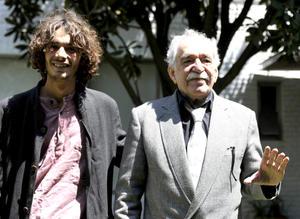 García Márquez lució sonriente junto a su nieto.