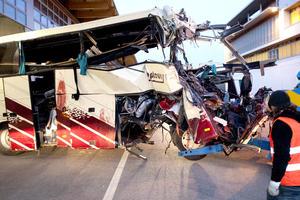 En en el autobús viajaban 52 personas originarias de las ciudades de Lommel y Heverlee, en Flandes Bélgica.