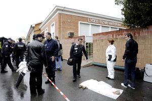 Al menos cuatro personas han muerto, tres de ellos niños, en el tiroteo que se produjo en una escuela judía de Toulouse, en el sur de Francia, en el que hubo además varios heridos.