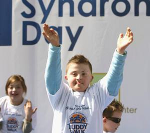 Las organizaciones de Síndrome de Down alrededor del mundo organizan y participan en eventos para concienciar de la existencia y necesidades que el Síndrome de Down provoca.