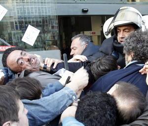 En el caso de un centro comercial en Pamplona donde lo piquetes impidieron el acceso de trabajadores.