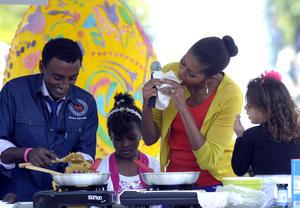 La primera dama,  Michelle Obama, disfrutó de platillos típicos en la celebración de la Pascua.