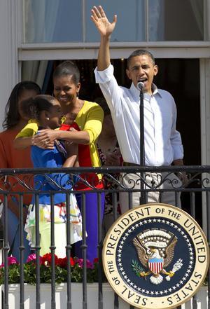 El presidente Barack Obama cumplió con la tradición anual de la Carrera del Huevo de Pascua en los jardines de la Casa Blanca.