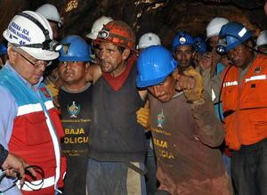 La mina de cobre había sido abandonada en los años 90 pero su entrada no fue dinamitada como exige la ley y, desde entonces, ingresaron los denominados mineros informales sin las adecuadas condiciones de seguridad.