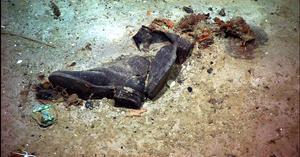 Fotografías tomadas en 2004se dieron a conocer al público por primera vez, que muestran prendas en el legendario lugar donde se hundió el barco.