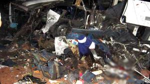 Un accidente registrado en una carretera del estado de Veracruz, dejóhoy un saldo de 43 muertos, entre ellos al menos cinco niños, y 27 heridos, informaron fuentes oficiales.