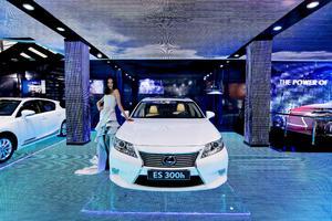 Un Lexus ES 300h en el Salón del Automóvil de China, en Pekín.