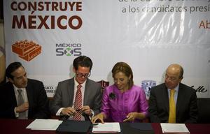 """Josefina Vázquez Mota participó en el encuentro con """"Los 300 líderes mexicanos más influyentes de México 2012""""."""