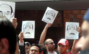El exgobernador contestó que su gestión es producto del respaldo popular que premió su gestion con más del 60 por ciento de votos en el Estado de Mexico en 2011.