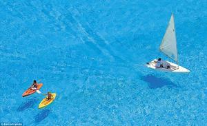Pueden navegar botes pequeños y balsas.