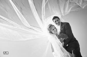 SRITA.  Mariana Dessiré Flores Mata y Sr. Ismael Mario Serván Terán, el día de su boda.- Edmundo Isaís Fotografía