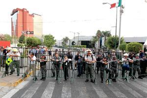 Elementos del Estado Mayor Presidencial,  Policía Estatal y Municipal, resguardaron la Expo Guadalajara para el segundo debate.