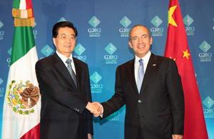 Felipe Calderón recibió a su homólogo de China, Hu Jintao en Los Cabos.